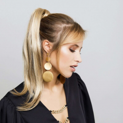 Gisela Mayer New Tango Straight straight long ponytail hair extension of synthetic hair